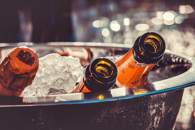 Comment pouvez-vous garder vos boissons au frais sans un réfrigérateur?